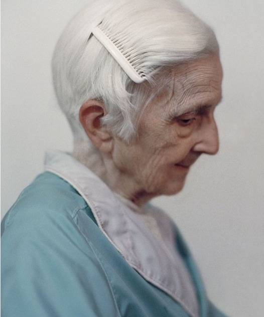 White ladiesAriSethCohen