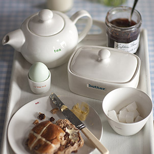 0214_13_afternoon-tea-serveware-china-cakestands-tea-party_302